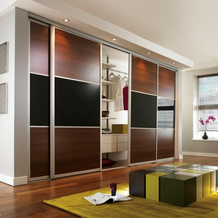 kleiderschrank design wohnideen mobiliar schiebetüren gelber teppich