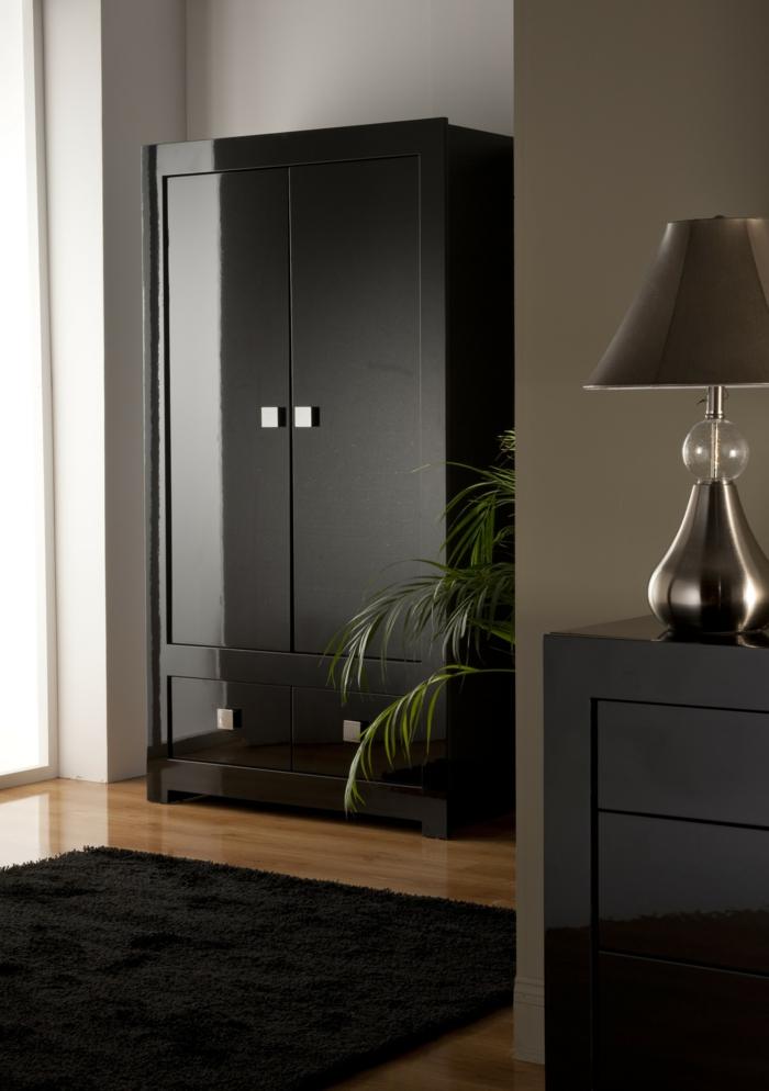 kleiderschrank schwarz stilvol glänzende frontseite