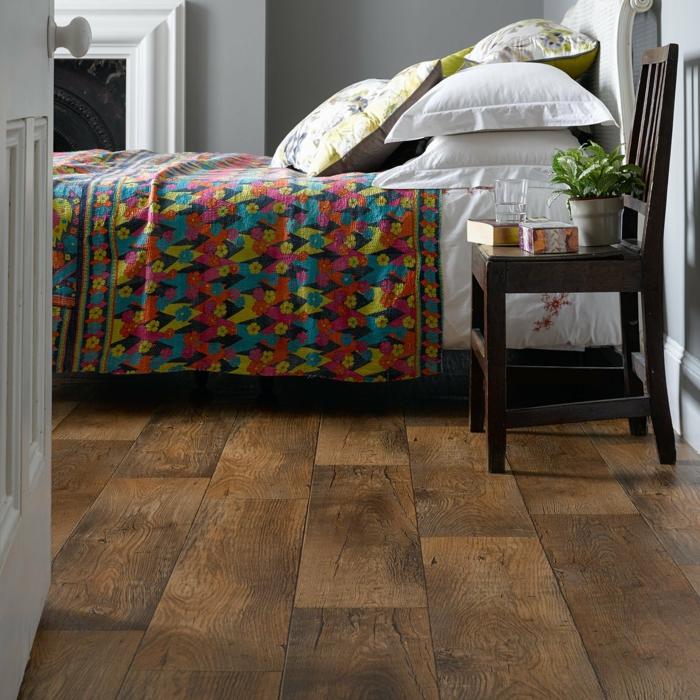 moderne bodenbeläge schlafzimmer einrichten holzoptik farbige bettwäsche