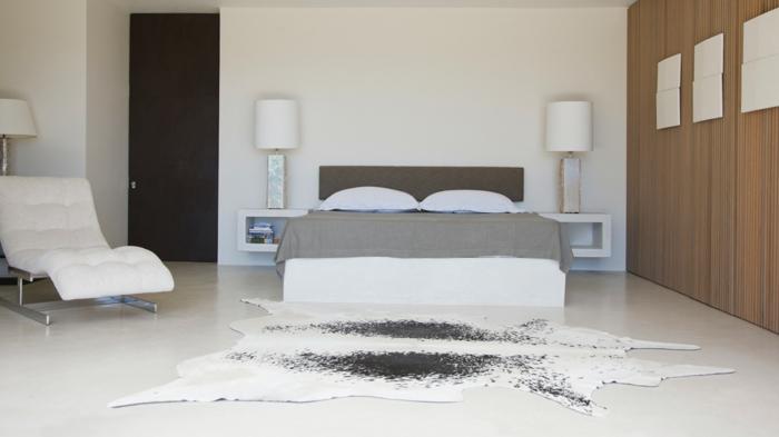 moderne bodenbeläge schlafzimmer weißer boden fellteppich akzentwand