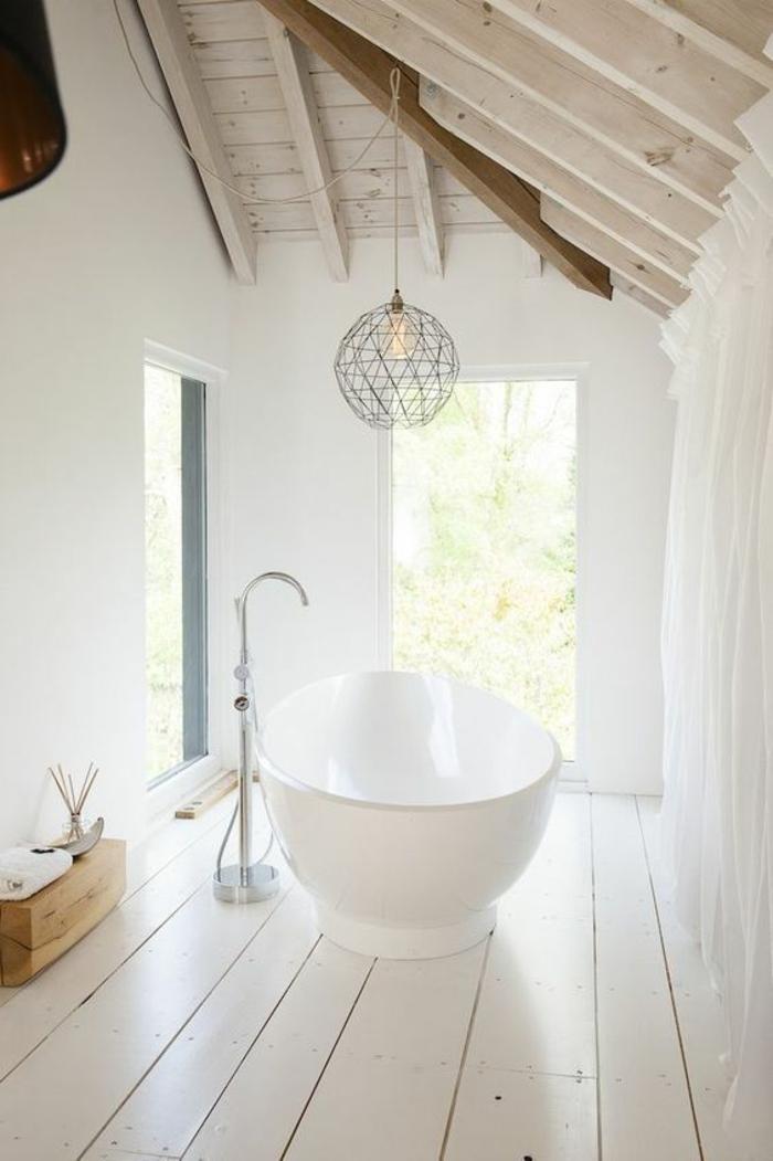 moderne bodenbeläge weisse bodendielen holz weiße badvorhänge rudne freistehe ebadewanne