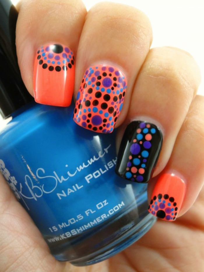 nageldesigns fingernägel design nailart bunte punkte nagellack gelnägel