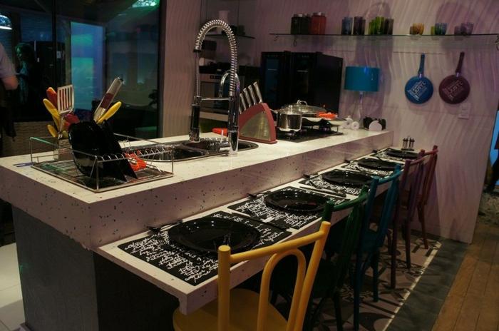 offene Küchen Küchengestaltung Ideen Arbeitsplatte mit Essbereich