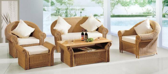 Platzsparende Sitzmöbel Balkon Garten gestalten