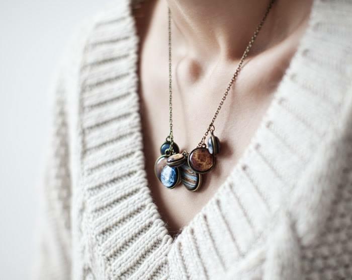 schmuckdesign juweleir fine art juwelier planeten ring kosmos halskette