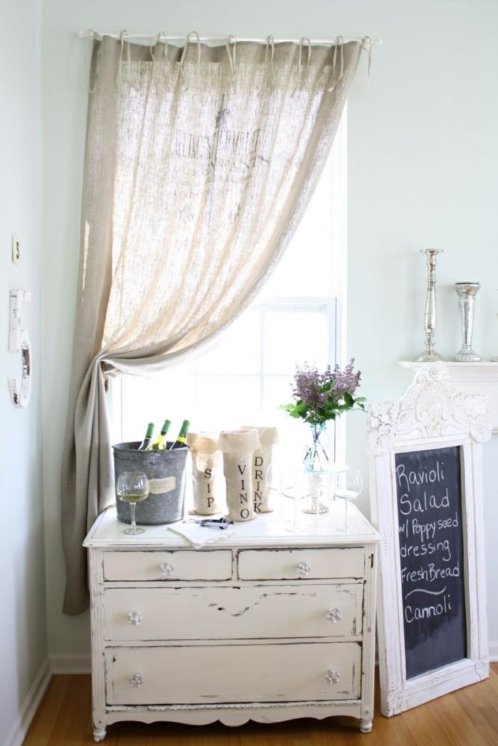 shabby chic möbel weiß selber anstreichen wohnzimmer leinen vorhänge