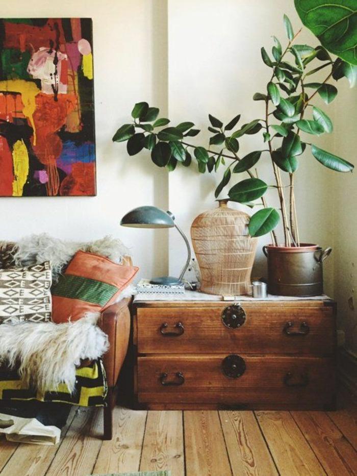 shabby chic möbel boho style einrichtungsstil holzdielen holzanrichte vintage dekokissen sofa lammfell