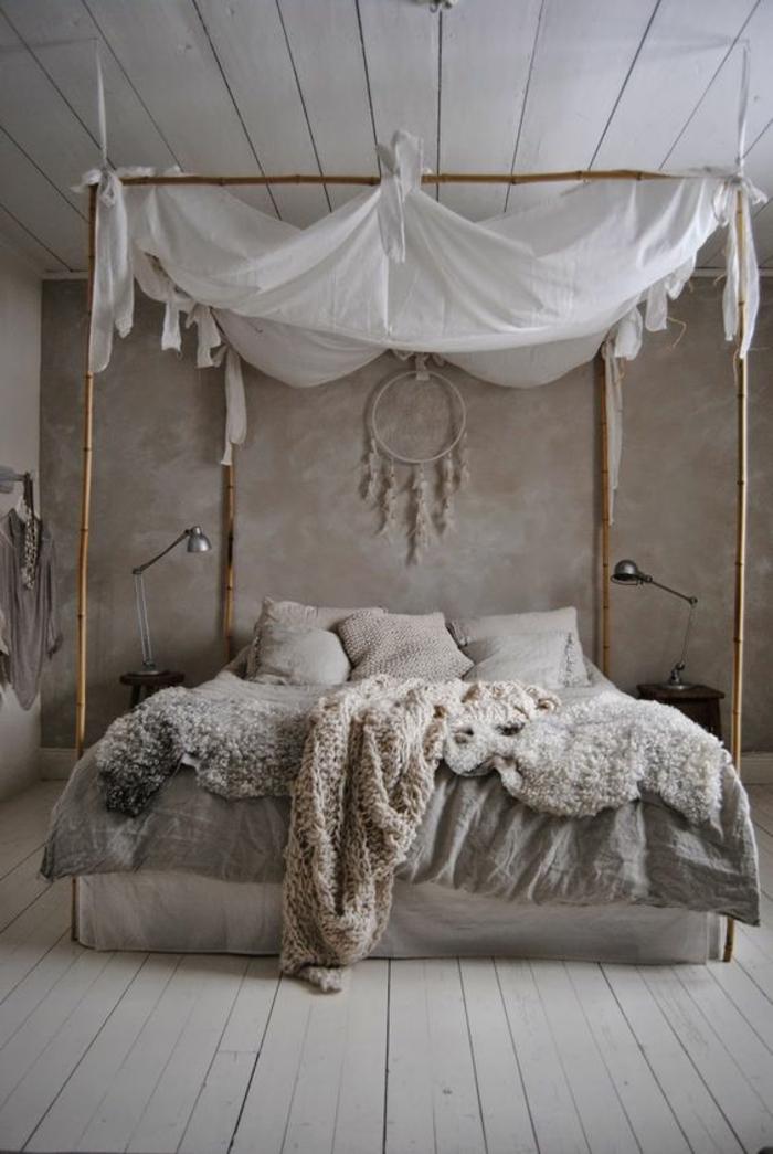 Shabby Chic Mobel Boho Style Schlafzimmer Bambus Himmelbett Schaffelle Gestrickte Wolldecke Holzdielen