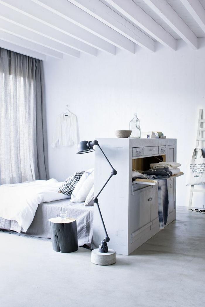 stauraum ideen wohnideen schlafzimmer funktionale möbel rustikaler nachttisch