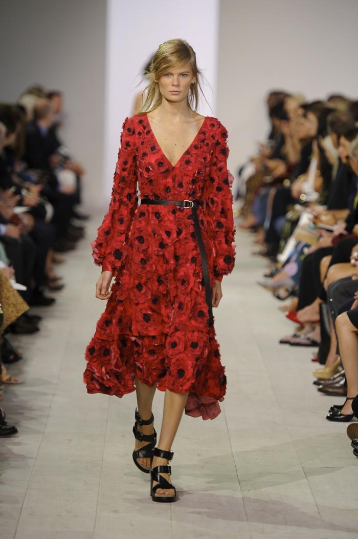 vintage kleider damenmode neue tendenzen rotes kleid frühling kollektion michael kors