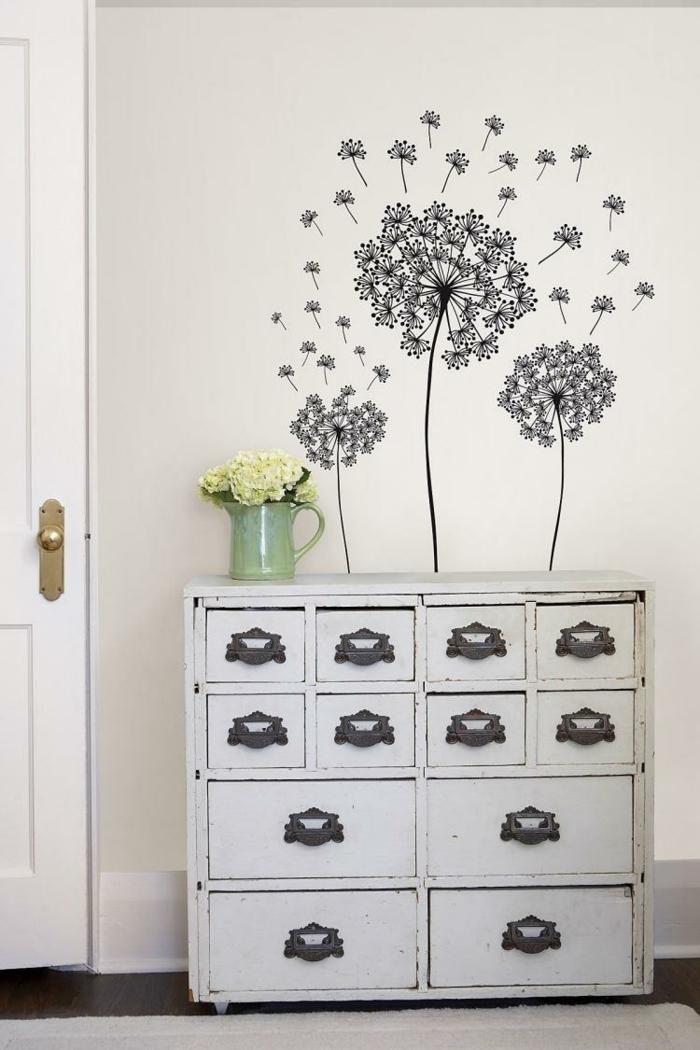 wandtattoos wandgestaltung ideen floral blumenvase kommode