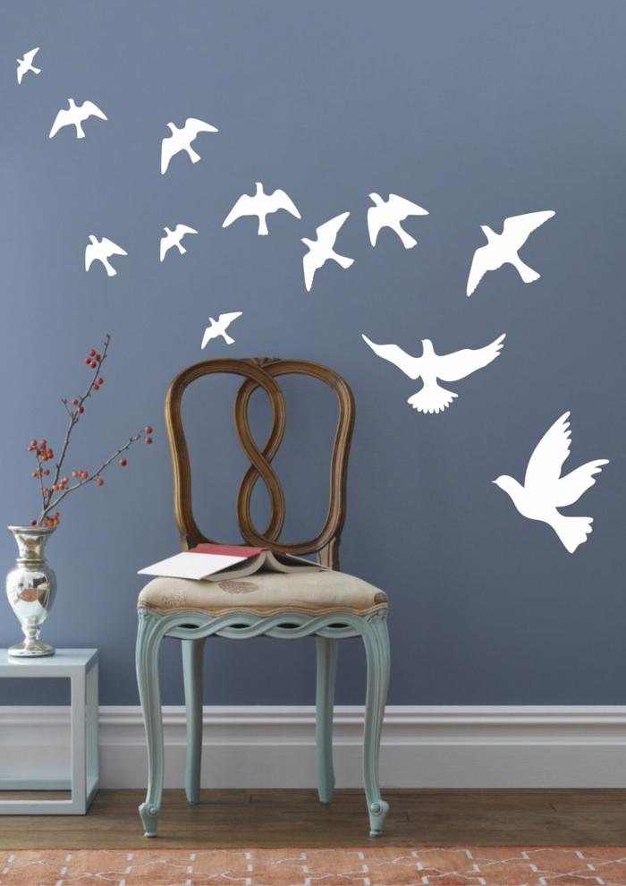 wandtattoos weiße vögel blaue wände