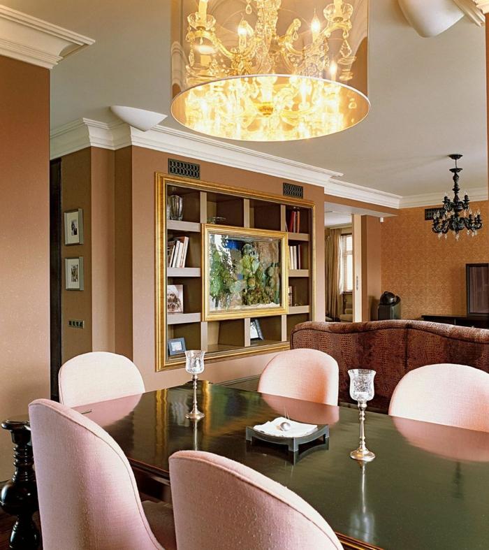 wohntrends esszimmer einrichten hängelampe hellrosa stühle