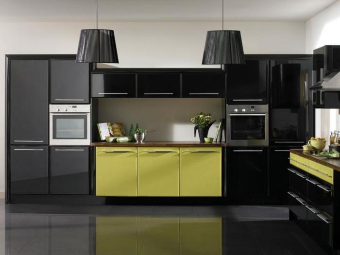 wohntrends wohnideen küche große pendelleuchten grüne akzente