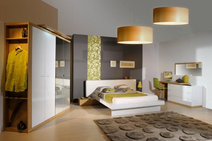 wohntrends wohnideen schlafzimmer große pendelleuchten eleganter teppich funktionaler kleiderschrank