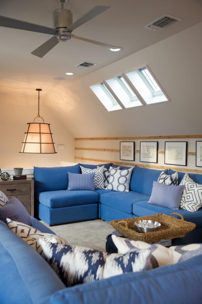 wohntrends wohnzimmereinrichtung ideen blaue ecksofas dekokissen hängelampe
