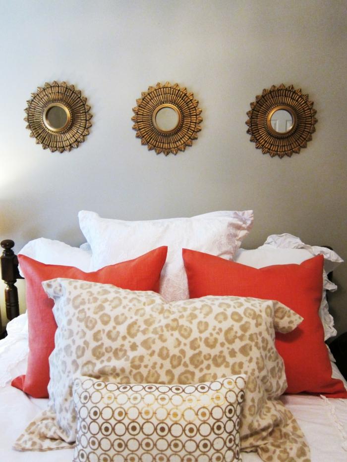 wohnung dekorieren wanddeko schlafzimmer runde wandspiegel