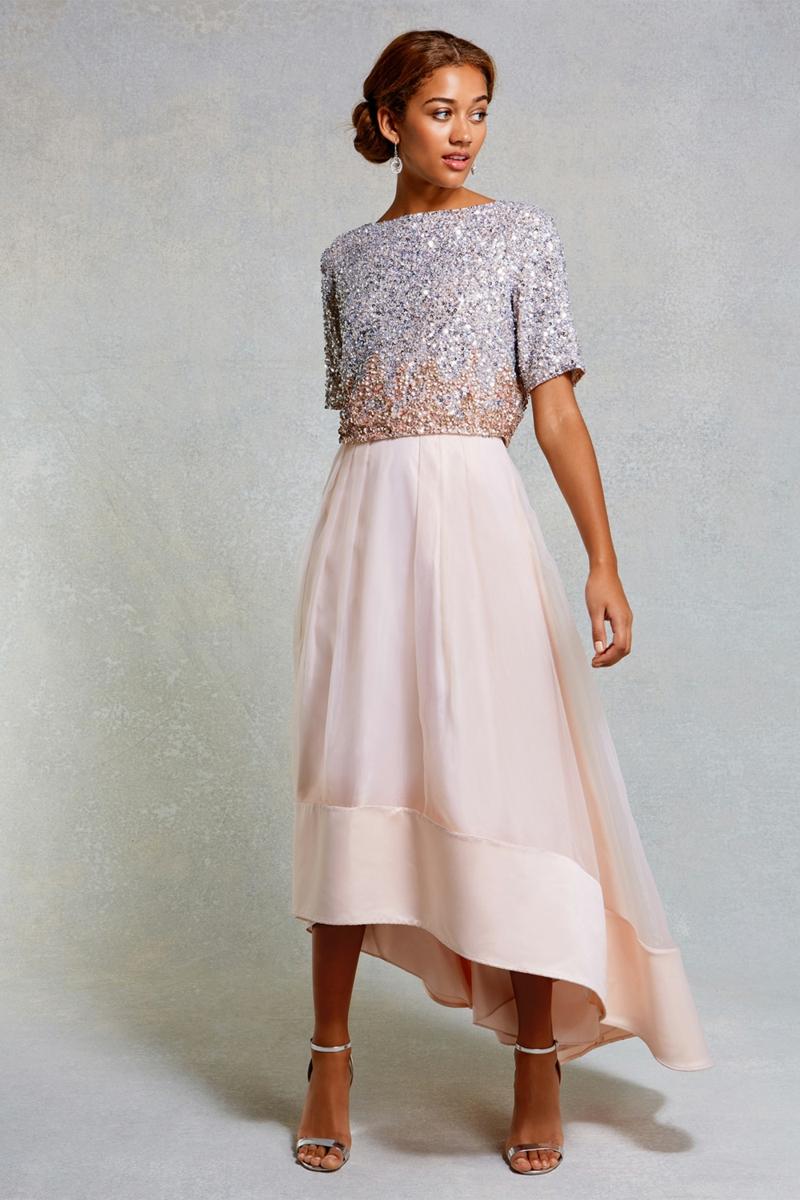 Brautmode Kleid für Standesamt aussuchen rosa Rock und Top
