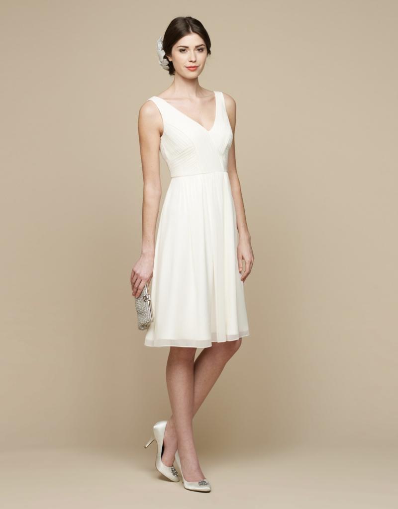 Brautmode schickes Kleid für Standesamt knielang