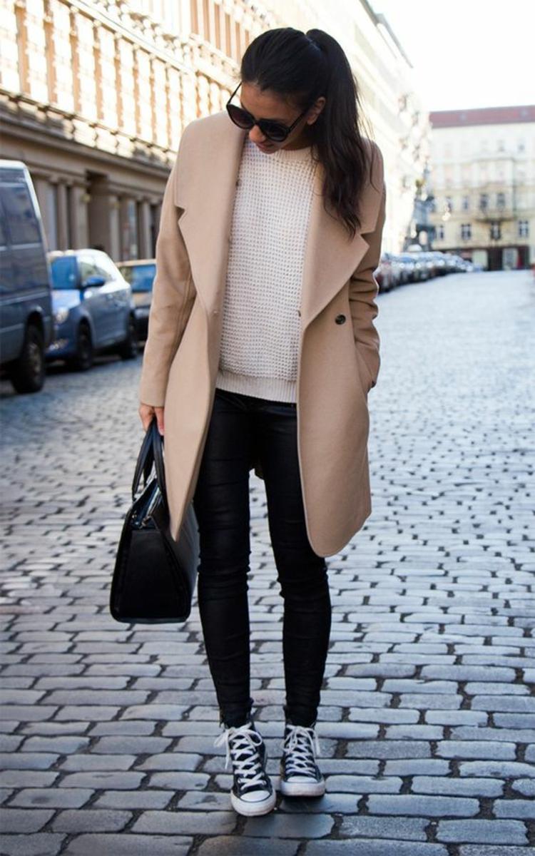 Damenmantel Modelle Straßenlook Wintermode Damen