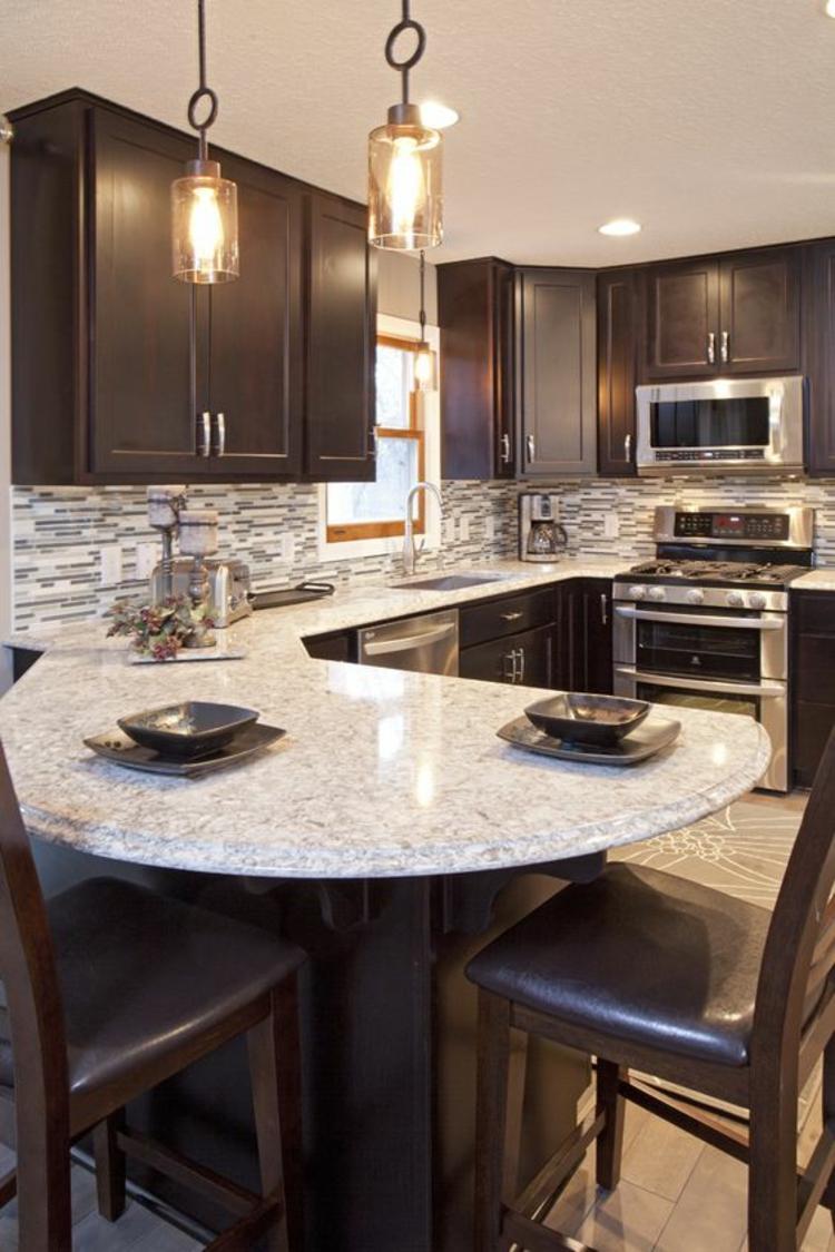Granitarbeitsplatten Küchengestaltung Ideen moderne Kücheninsel
