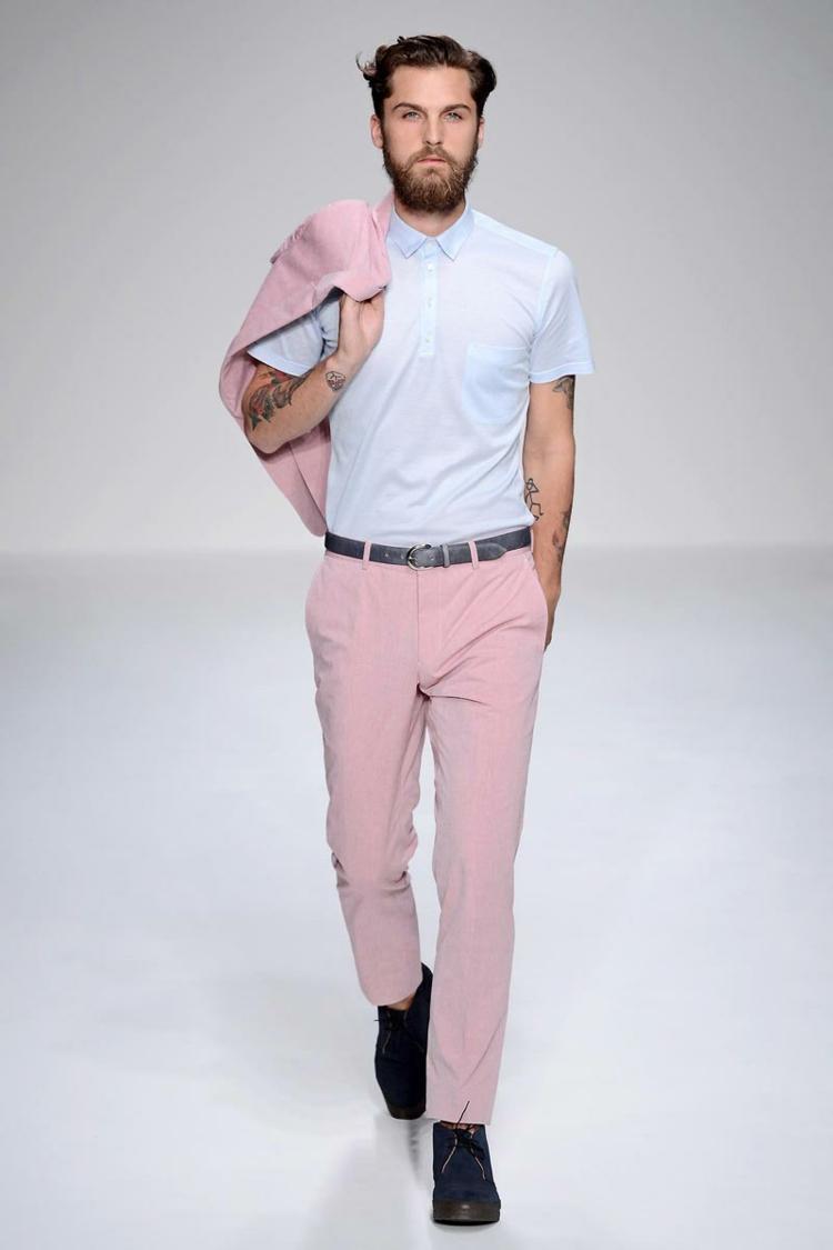 Herren Hosen Trends moderne Hosen aktuelle Männermode rosa Männerhose