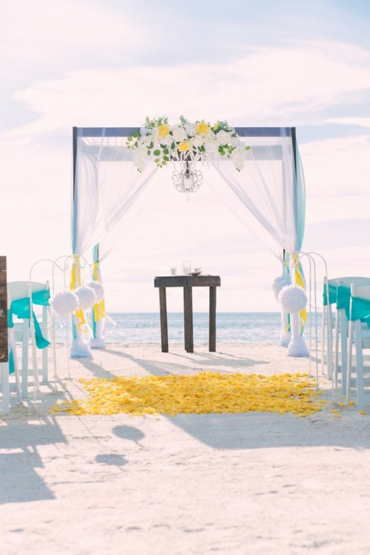 Hochzeitsfeier Ideen Gelb Hochzeit am Strand