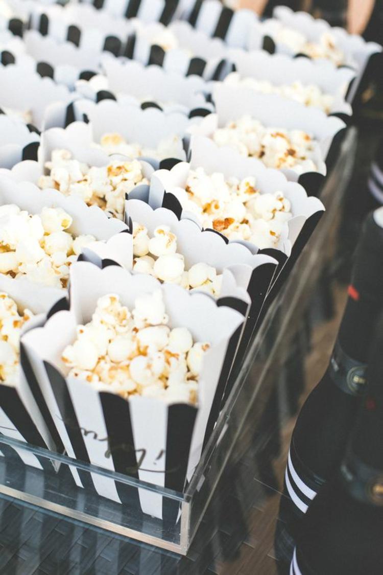 Hochzeitsfeier Ideen Schwarz Weiß Popcorn Verpackung