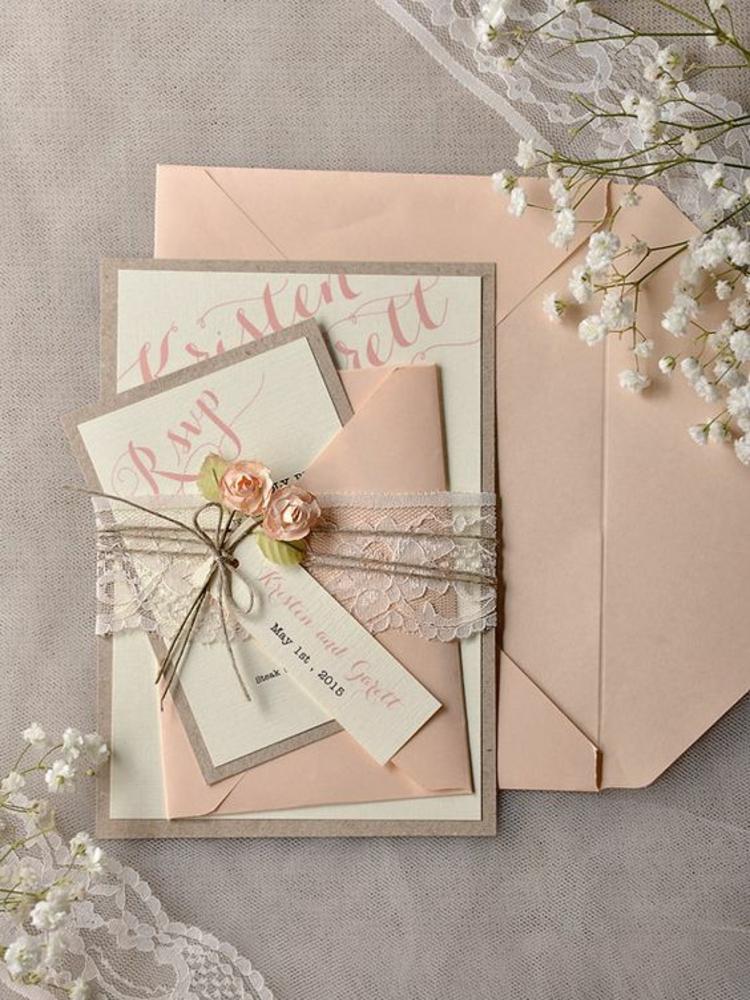 Hochzeitsfeier Ideen elfenbeinfarbene Hochzeitsdeko Hochzeitseinladung Umschläge