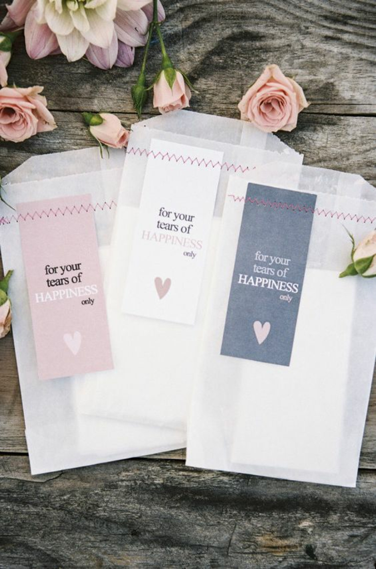 Hochzeitsfeier Ideen rosa romantische Hochzeitsdeko lustige Dekoideen