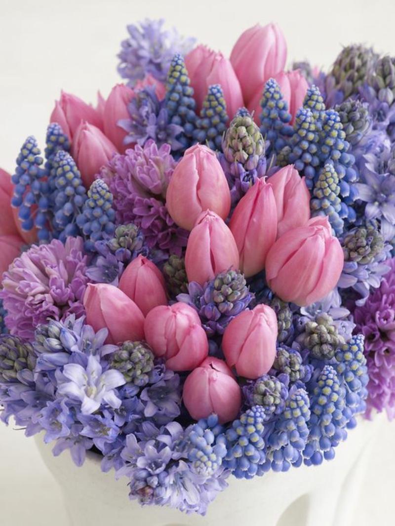 Blumenstrauß Deko Ideen mit Frühlingsblumen Bilder