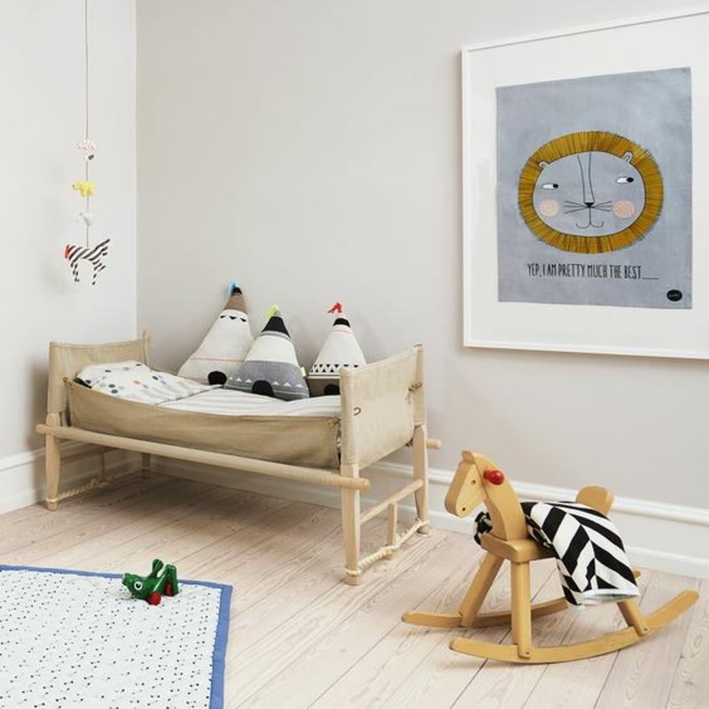 Inneneinrichtung planen Kinderzimmer Möbel Kinderbett Spielzeuge