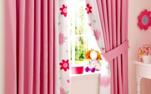 Kindergardinen-Einrichtungsideen-Kinderzimmer-Mädchen-rosa-Gardinen