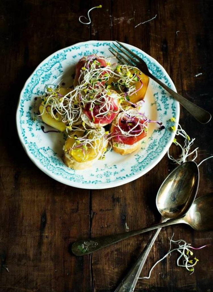 Leckere Vorspeisen mit Rote Beete Sprossen gesunde Ernährung