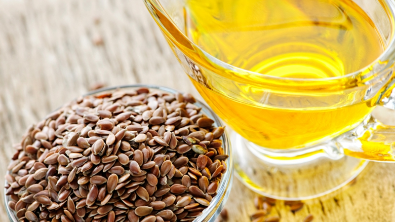 Leinöl Wirkung Omega 3 Fettsäuren Samen und Öl