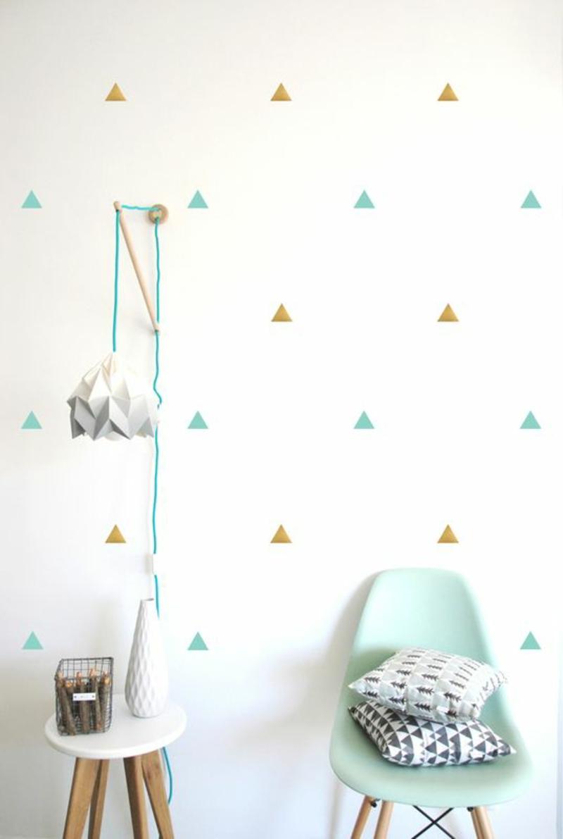 Mustertapeten farbige Dreiecken Tapeten für Kinderzimmer gestalten