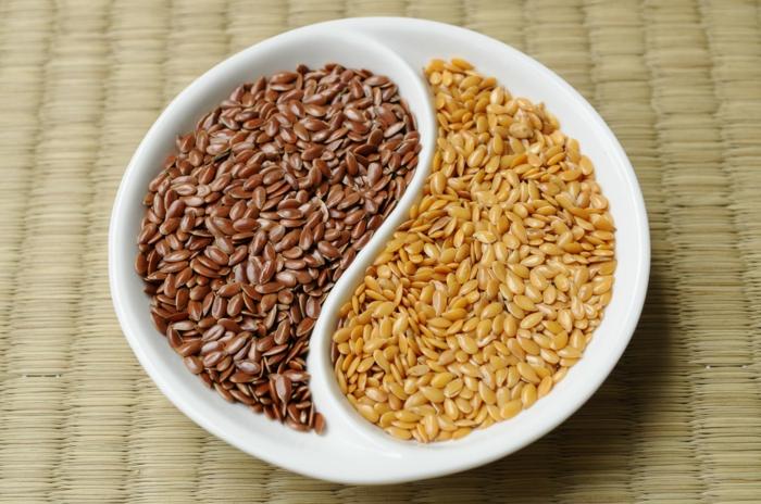 Omega 3 Fettsäuren Lebensmittel gesundes Essen leinsamen
