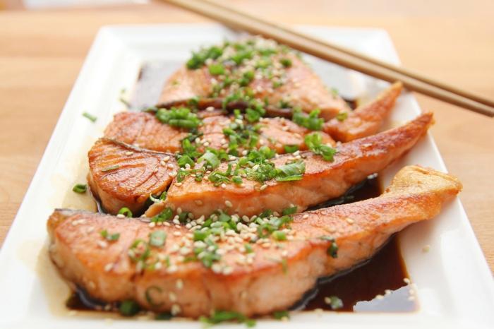 Omega 3 Fettsäuren Lebensmittel gesundes Essen meeresfrüchte