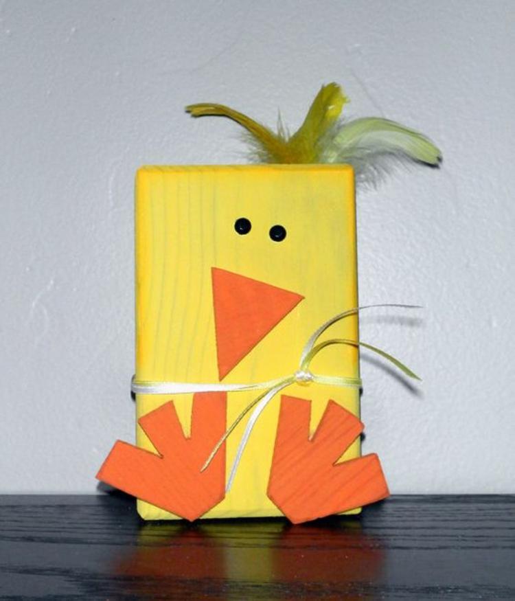 Osterdeko aus Holz Dekoartikel Osterdeko Ideen Küken gelb