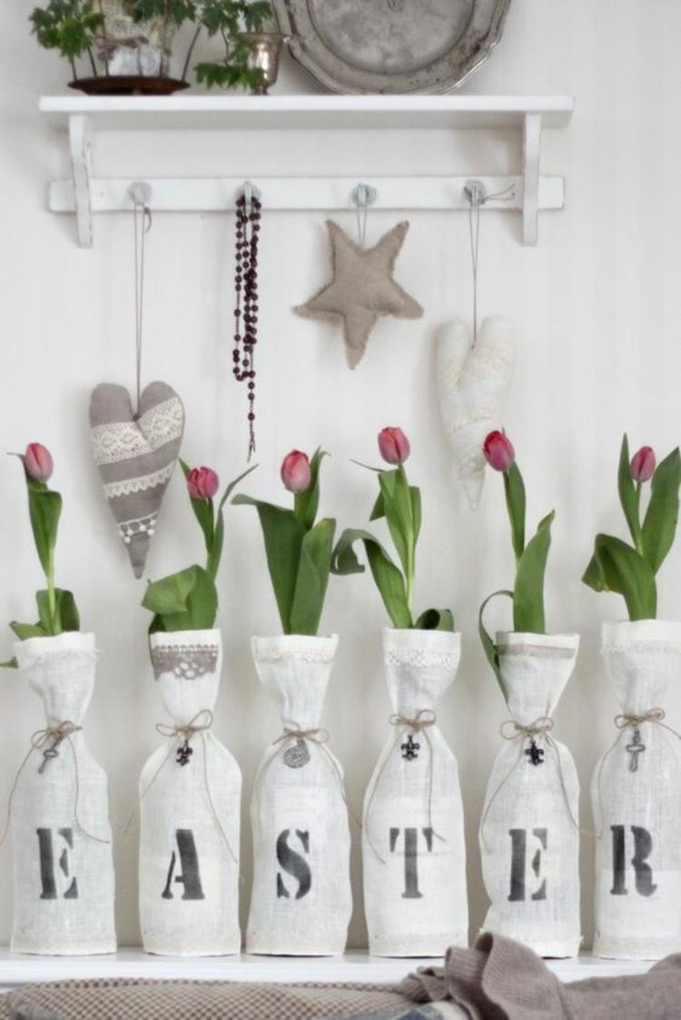 Osterdekoration rustikale Osterdeko selber machen Stoffherzen nähen Tulpen