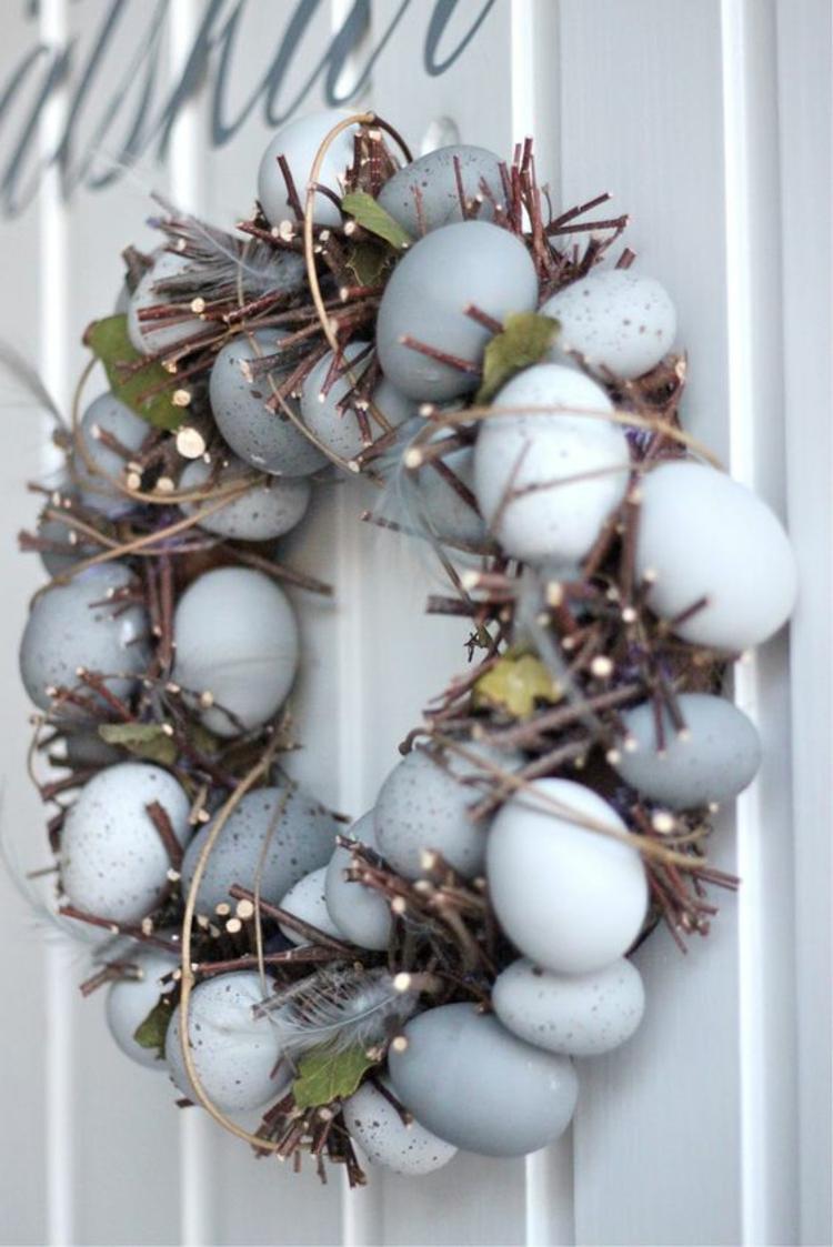 Osterdekoration rustikale Tischdeko Ideen Osterkranz selber machen Ostereier