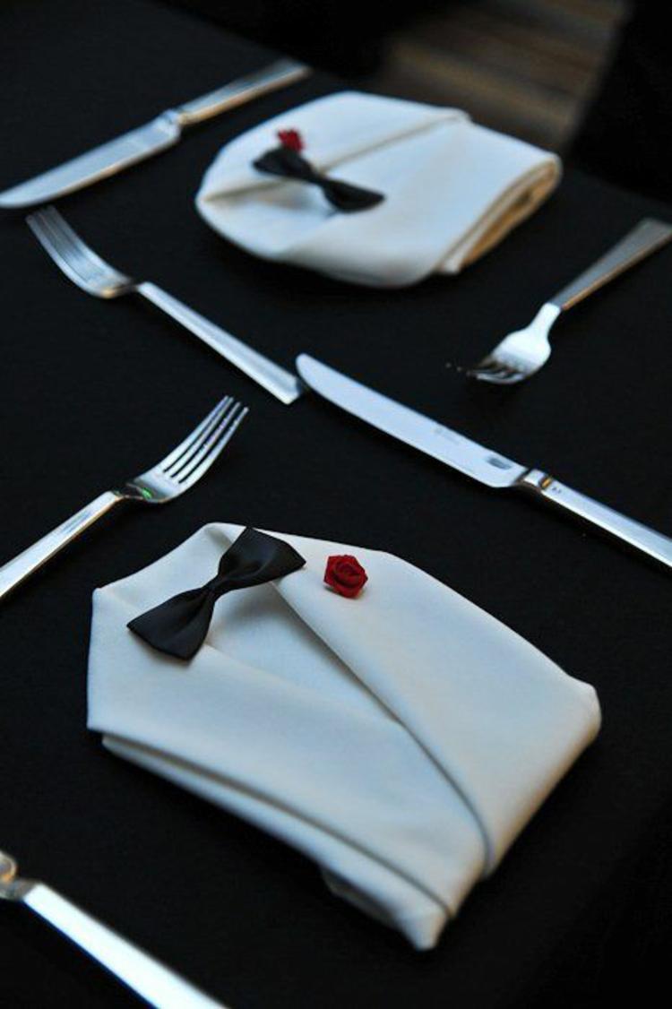 servietten falten und eine kreative tischdeko zu ostern. Black Bedroom Furniture Sets. Home Design Ideas