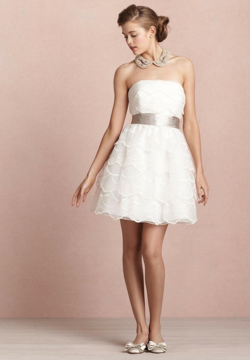 Standesamt Kleid kurz Brautmode Spitze Nlumenmuster ärmellos