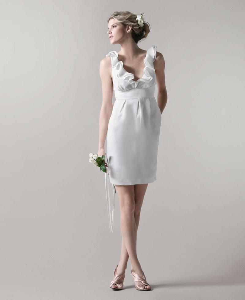 Standesamt Kleid kurz Brautmode schlichtes Brautkleid