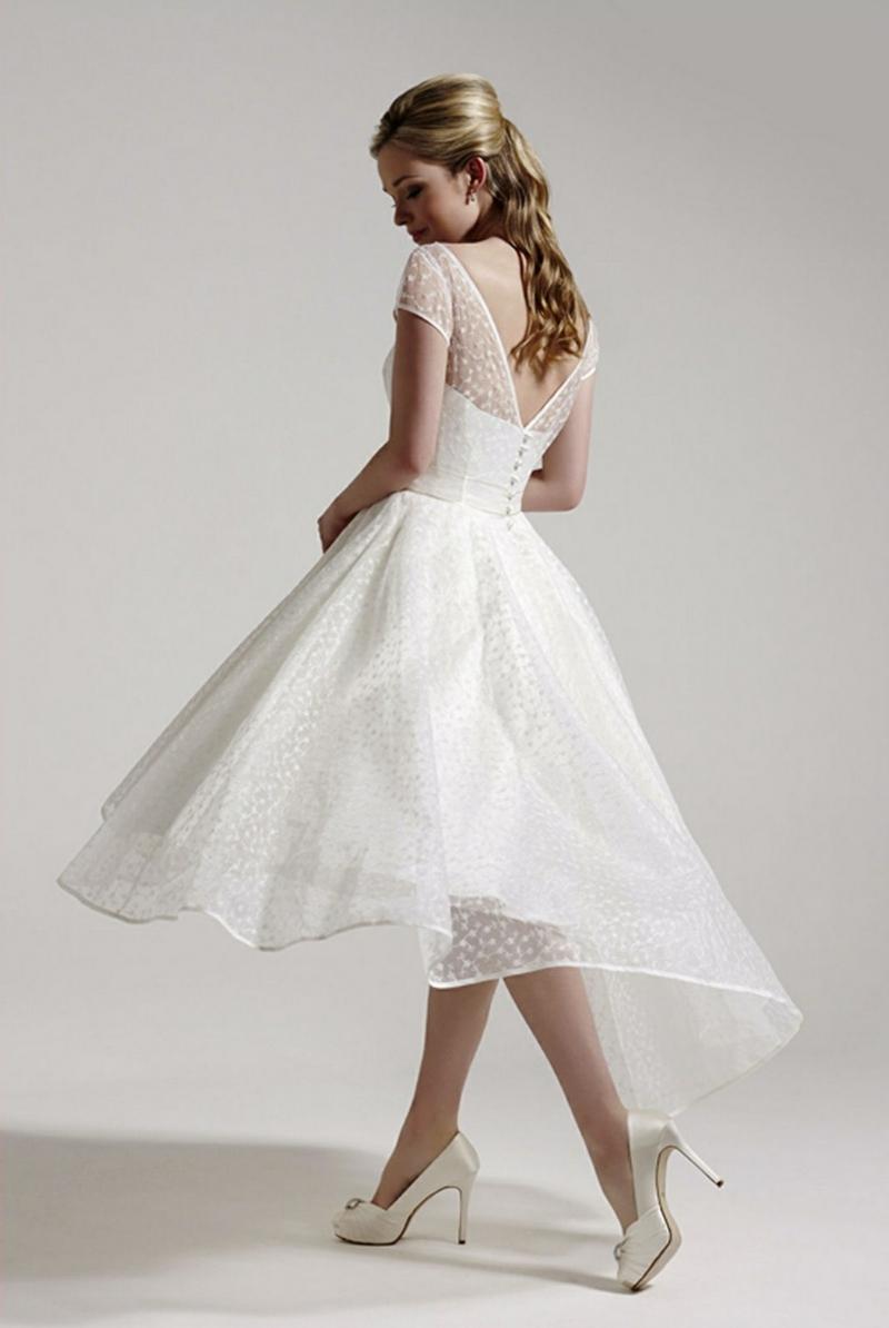 Standesamt Kleid kurz Brautmode weit Glöckenrock