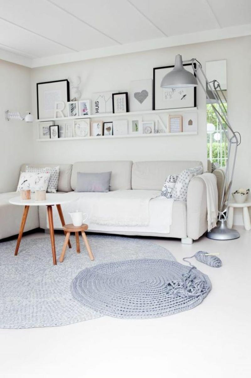 Wohnung skandinavisch einrichten Stehlampen Bodenlampe silber