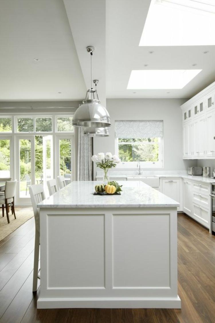Amerikanische Landhausküche Grau