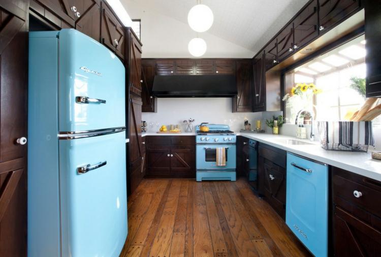 amerikanische k hlschr nke liegen im trend und sind sehr praktisch. Black Bedroom Furniture Sets. Home Design Ideas