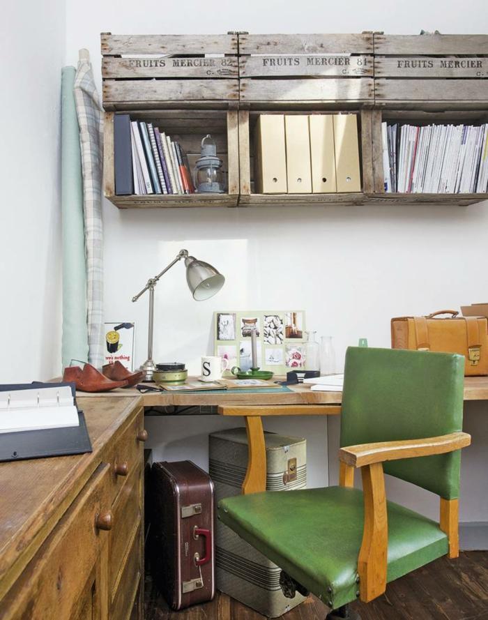 büroeinrichtungen holzmöbel grüner stuhl koffer