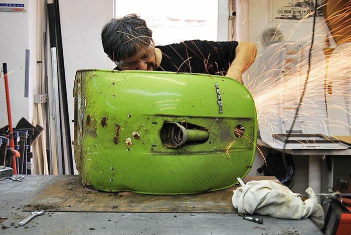 Recycling b rostuhl aus gebrauchten motorroller teilen for Roller raumplaner
